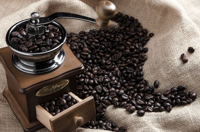 coffee-beans-and-coffee-cup-royalty-free-image-1582889539